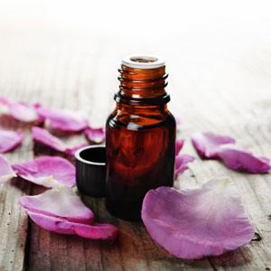 Rose-oil-aromatherapy-300