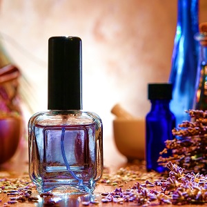 Perfume and aromatherapy