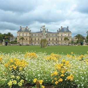 Royalty and Fragrances Part 2: The Scent of Versailles